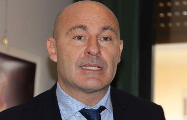Strali di Forza Italia contro Vittorio Sgarbi
