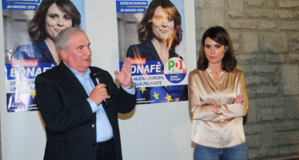 Oltre 700 persone all'incontro con Simona Bonafè