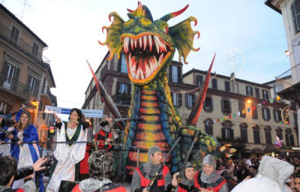 Ronciglione, in una mostra le foto del contest di Carnevale