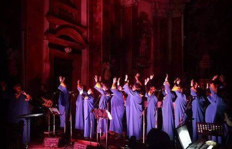 Concerto gospel di Darnell Moore & The Gurley
