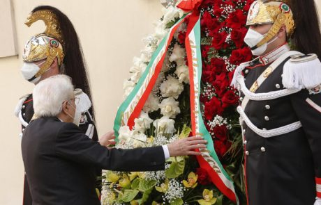 """Mattarella: """"Terrorismo non è riuscito a rappresentare una cesura nella storia d'Italia"""""""