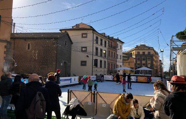 Piazza Verdi, si pattina fino alla fine di gennaio